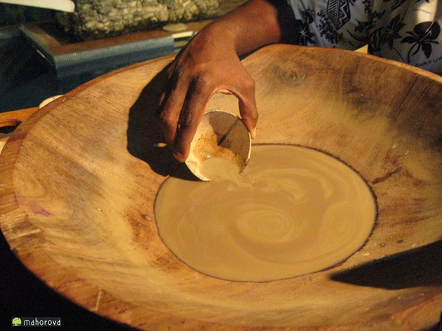 バヌアツの社交には欠かせない伝統的な飲み物「カバ」。カバの畑も被害を受けたことでしょう。
