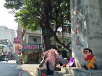元祖飛び出し坊や「とび太くん」、お隣の国、台湾で飛び出し注意!